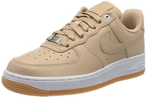 Nike Damen WMNS Air Force 1 '07 PRM Basketballschuhe, Beige (Bio Beige/Bio Beige/MTLC Silver/Gum Med Brown/White 202), 36 EU
