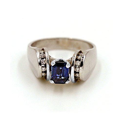 Corte Esmeralda 7/8CT. Sapphire y 1/6CT. Diamante Anillo de moda en 14K oro blanco