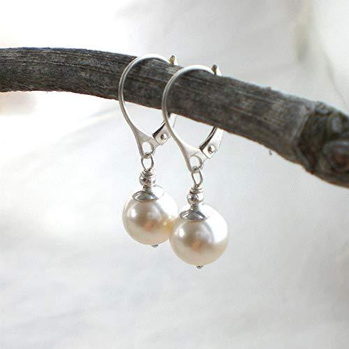 Schlichte Perlenohrringe Muschelkern 925 Silber, Ohrhänger cremeweiß mit Brisur