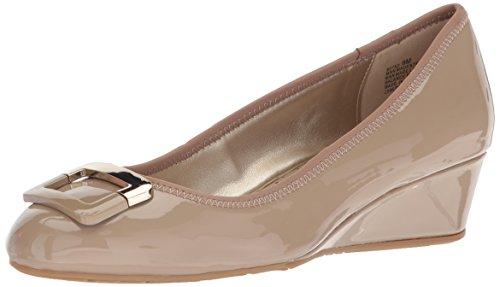 Bandolino Footwear Women's Tad Pump, Cafe Latte, 9
