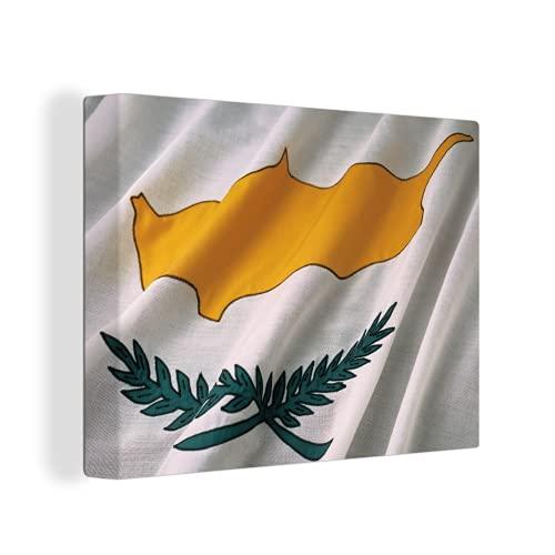Leinwandbild - Nahaufnahme der Flagge von Zypern - 80x60 cm