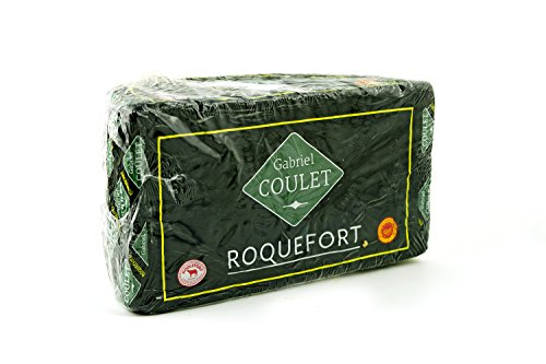 Il Roquefort è un formaggio francese, erborinato, prodotto con latte di pecora, originario di Roquefort-sur-Soulzon (Francia del sud). La caratteristica principale del Roquefort è la presenza di venature blu-verdi (simili a quelle dell'italiano gorgo...