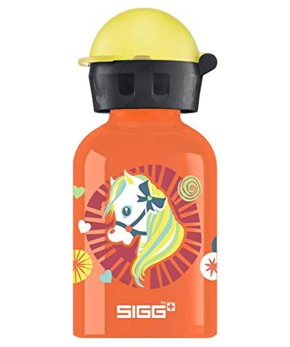 SIGG Shetty Kinder Trinkflasche (0.3 L), schadstofffreie Kinderflasche mit auslaufsicherem Deckel, federleichte Trinkflasche aus Aluminium