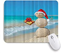 KAPANOUマウスパッド ビーチでホリデークリスマス砂雪だるま ゲーミング オフィス最適 おしゃれ 防水 耐久性が良い 滑り止めゴム底 ゲーミングなど適用 マウス 用ノートブックコンピュータマウスマット