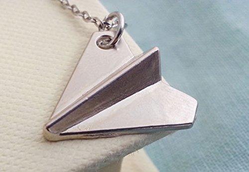 Collar de avión de papel One Direction. Colgante de avión de papel con diseño de aviones de origami.