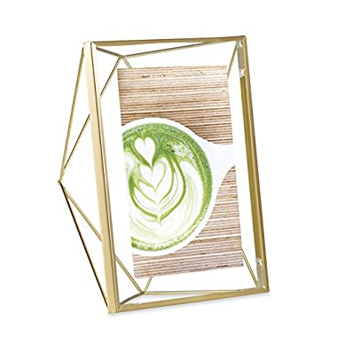 Umbra Prisma 5x7 Picture Frame – Geometric Wire Photo Frame for Desktop or Wall, Matte Brass