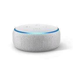Ti presentiamo Echo Dot - Il nostro altoparlante intelligente più venduto, con un rivestimento in tessuto, che si adatta perfettamente anche agli spazi più piccoli. Controlla la musica con la tua voce – Ascolta brani in streaming da Amazon Music, App...