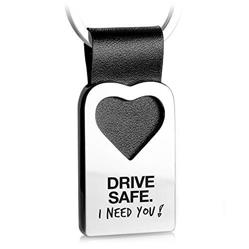 FABACH Herz Schlüsselanhänger mit Gravur aus Leder - Fahr vorsichtig Glücksbringer Auto Anhänger für Partner - Drive Safe I Need You