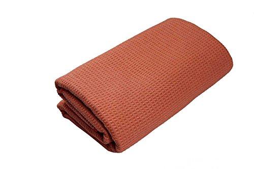 #DoYourYoga Yoga-Decke »Ananda« Das Yoga-Handtuch ideal für Hot-Yoga und andere schweißtreibende Yogastile. Auch als Unterlage für Yogaübungen geeignet, 183 x 61 cm, orange-rot