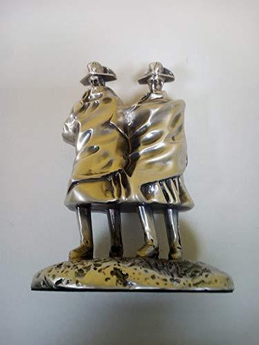 Doos van generfd zilver 925 – taartplaat (PICCOLA) – hoogte 8,7 cm/breedte 7,7 cm/diepte 5,5 cm.
