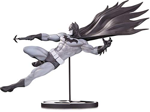 Estatua Batman marca DC Collectibles