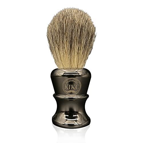 Kikc - Cepillo para barba para hombre, diseño de tejón con mango de metal puro gris para afeitarse con crema de afeitar y jabón