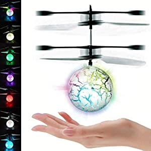 UTTORA Pelota voladora Flying Ball Crystal Intermitente LED RC Juguete de inducción infrarroja Helicóptero Aviones de radiocontrol Mini Drone para niños Classic Transparente (7 Colores dinámicos)