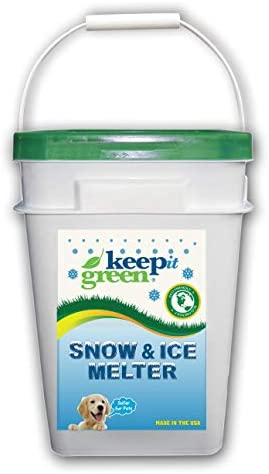 Keep It Green Pet Safe Ice Melt Nontoxic Child Friendly Snow Melter Rock Salt Pellets with Green product image