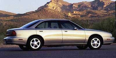 ... 1997 Oldsmobile LSS, 4-Door Sedan