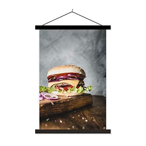 Schoolplaat Hamburger - Broodje hamburger met rode uien en kaas schoolplaat platte latten zwart 120x180 cm - Foto print op textielposter (wanddecoratie woonkamer/slaapkamer) XXL/Groot formaat!