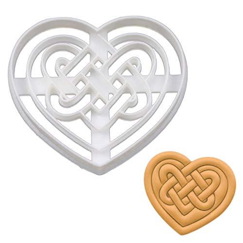 Celtic Heart Triquetra cookie cutter, 1 piece - Bakerlogy