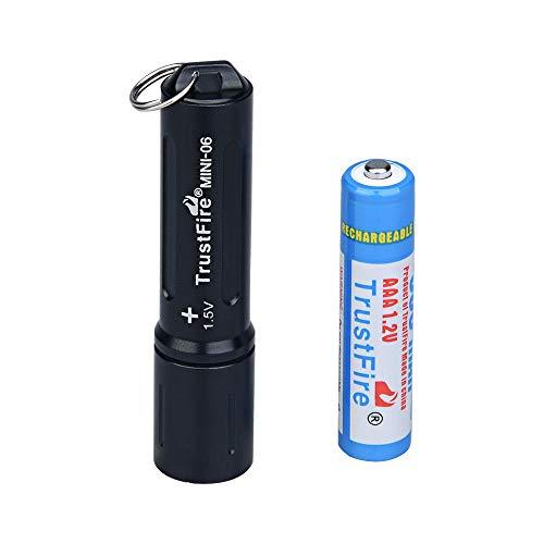 TrustFire MINI-06 - Mini linterna LED (90 lúmenes, con llavero y batería AAA, recargable), color negro