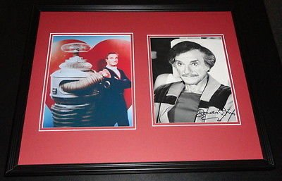 Jonathan Harris Signed Framed 16x20 Photo Set Lost in Space
