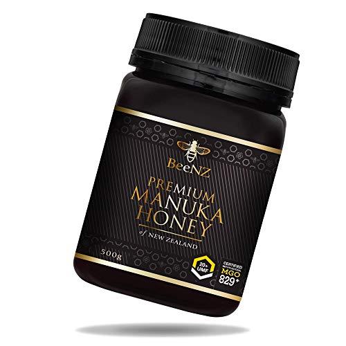 BeeNZ® - Premium Manuka Honig aus Neuseeland - 100{0ac882fb8b0e3ab618f2b92cbba317e1baccae78b247a8b467108927d6784fd9} reiner Manuka-Honig ohne Zusatzstoffe - Überprüfter Methylglyoxal Gehalt - Laborgeprüfte Qualität (MGO 829+, 500g)