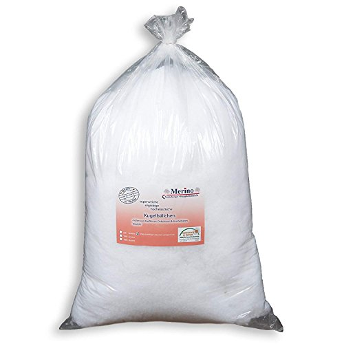Merino Füllwatte 1 Kg Beutel | Füllmaterial aus 100% Polyesterhohlfasern | Bastelwatte formbeständig und extra flauschig | Kissenfüllung in Form von Faserbällchen/Faserkügelchen