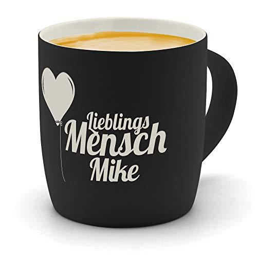 printplanet - Kaffeebecher mit Namen Mike graviert - SoftTouch Tasse mit Gravur Design Lieblingsmensch - Matt-gummierte Oberfläche - Farbe Schwarz