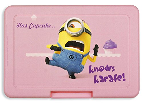 Close Up Despicable Me 2 Minions Brotdose Has Cupcake Knwos Karate 16x11 cm