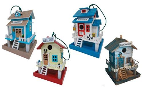 Vogelhaus aus Holz, bunt bemalt