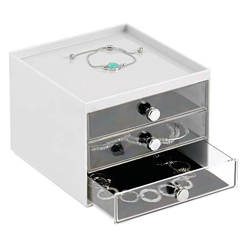 mDesign Schmuck Organizer – Aufbewahrungsbox aus transparentem Kunststoff mit DREI Schubladen – Schmuckaufbewahrung für Kommode oder Waschtisch – hellgrau/durchsichtig