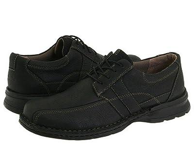 Clarks Espace (Black Oily Leather) Men