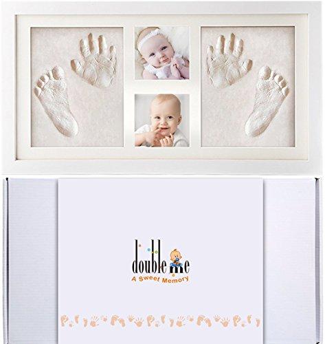 Doubleme Kit de Marco de Huellas de Manos y Pies del Bebé, Regalos Memorables para el Recién Nacido y los Gemelos, Marco de Madera con Arcillas Seguras, dos Fotos y dos Huellas, Color blanco