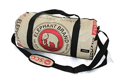 Weekender 50 x 26 cm Recycling Tasche Recyclingtasche Dufflebag Duffle Handgepäck aus Gewebeplane Sporttasche Saunatasche Thailand Zementsack Upcycling (Red Elephant)
