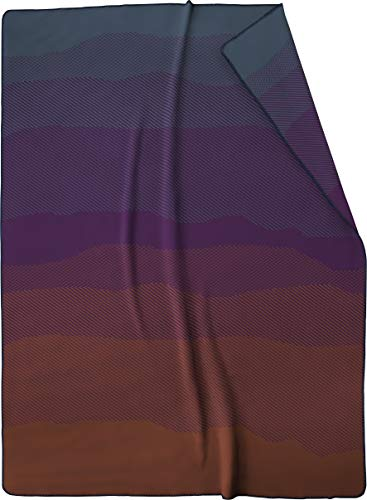 biederlack® Flauschige Kuschel-Decke Dark Ombre I Made in Germany I Wohndecke mit Farbverlauf in 150x200 cm I Öko-Tex Made in Green I weiche Tagesdecke aus Baumwollmischgewebe