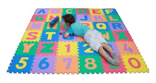 Playmatonline PM-001 - Alfombra rompecabezas con números y letras desmontables, resistente al agua, incluye bolsa (a partir de 3 años, tamaño total 3,34 m cuadrados, cada pieza: 30,5 cm aprox.), multicolor