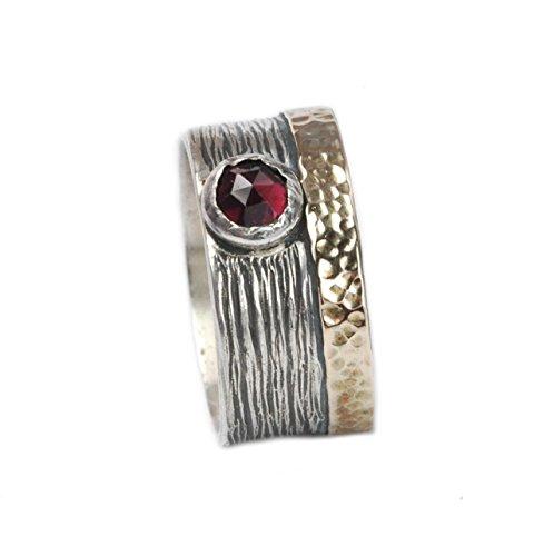 Tiljon Breiter Ring aus 925er Silber mit 375er Gold-Umrandung und Granat-Stein Größen 60 (19.1)