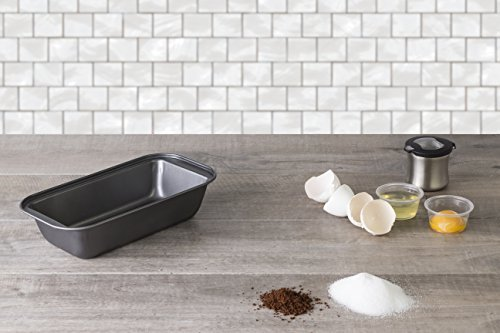 Deluxe Nonstick Bakeware, Professional Loaf Pan, Charcoal colored.