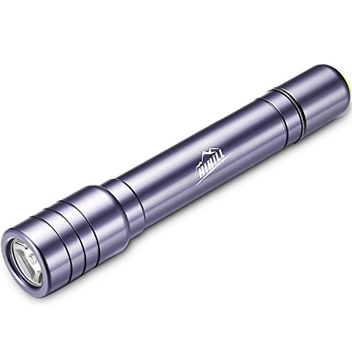 HiHiLL Linternas, Linterna Tactica CREE T6, 4 modos de iluminación con distancia focal ajustable, Linterna Led IPX4 impermeable, adecuado para practicar senderismo yacampar deportes al aire libre