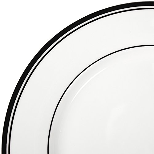 AmazonBasics 16-Piece Cafe Stripe Dinnerware Set- Black