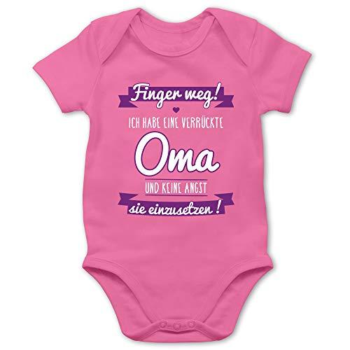 Shirtracer Sprüche Baby - Ich Habe eine verrückte Oma Lila - 12/18 Monate - Pink - babysachen - BZ10 - Baby Body Kurzarm für Jungen und Mädchen