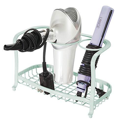 mDesign Soporte para secador de pelo sin taladro – Estante de baño autónomo para guardar el secador – Organizador de baño con tres compartimentos para rizador, plancha y cepillos – verde menta
