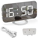 Sveglia digitale a specchio, LED Sveglia Elettronica, Sveglia da Comodino Luminosità Regolabile, Orologio da Parete con 2 porte di ricarica USB, Funzione di Snooze, 12/24H (White)