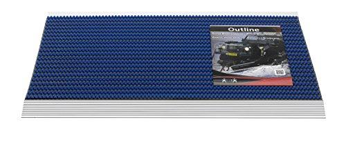 OUTLINE - robuuste deurmat van topkwaliteit voor binnen en buiten, Dim. 50 x 80 cm, hoogte 22 mm, met extreem robuust nylon borstelsysteem voor optimale reiniging van alle schoentypes. Gemonteerd op een speciaal stalen frame. Kleur: blauw. Verkrijgbaar in 5 kleuren. Vervaardigd in West-Europa.
