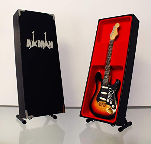 Miniatura Guitarra Replica: Stevie Ray Vaughan–Modelo Mini Rock Memorabilia réplica de madera miniatura guitarra & Libre Pantalla Soporte (vendedor de Reino Unido)
