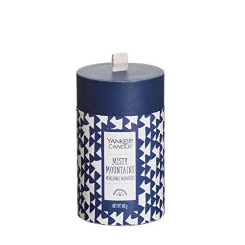 YANKEE CANDLE Boxed Pillar Misty Mountain-Hoch Raffiniertes Parafinwachs-8.6cm x 8.6cm x 14.6cm, Glas, Blau
