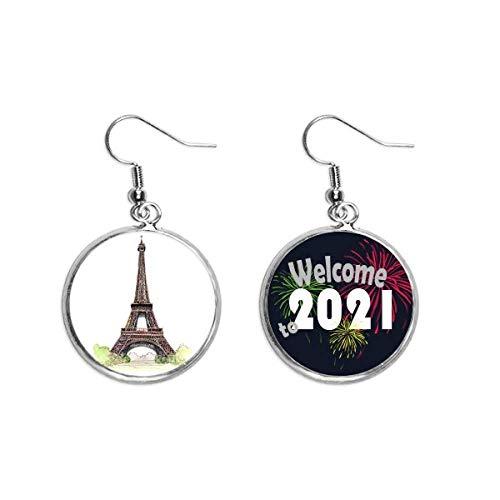 Pendientes con diseño de Torre Eiffel de París en Francia