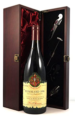 Pommard 1996 Herve Varenne en una caja de regalo forrada de seda con cuatro accesorios de vino, 1 x 750ml