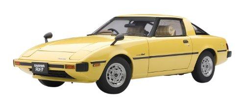 Mazda Savanna RS-7 (SA) GT-Limited gelb AutoArt 1:18