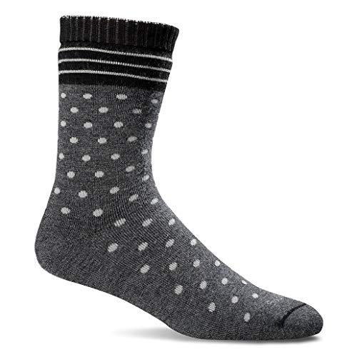 Pregnant moms love non-binding socks as a push present