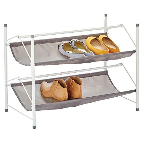 mDesign - Schoenenrek - schoenenkast/schoenenstandaard - 2 etages/stapelbaar/compact - voor gang, garderobe en slaapkamer - metaal en stof - wit/grijs
