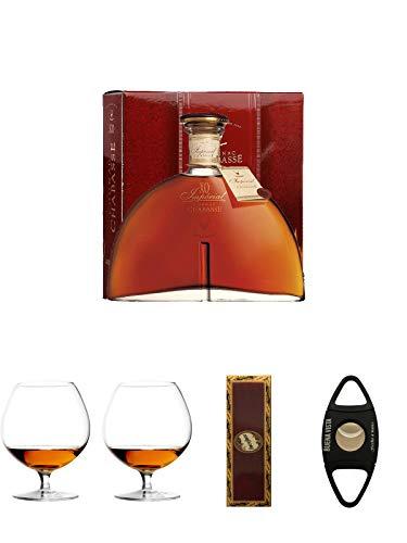Chabasse XO Cognac Frankreich 0,7 Liter + Cognacglas/Schwenker Stölzle 1 Stück - 103/18 + Cognacglas/Schwenker Stölzle 1 Stück - 103/18 + BrickHouse Streichhölzer + Buena Vista Zigarrencutter